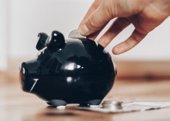 Eigenanteil Krankheitskosten – Ersparnisse oder Kredit?