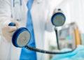 Mit einer Patientenverfügung lassen sich lebensverlängernde Maßnahmen ausschließen.